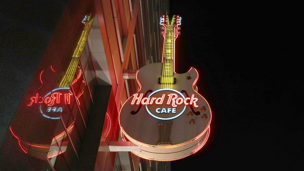 Hard Rock outside