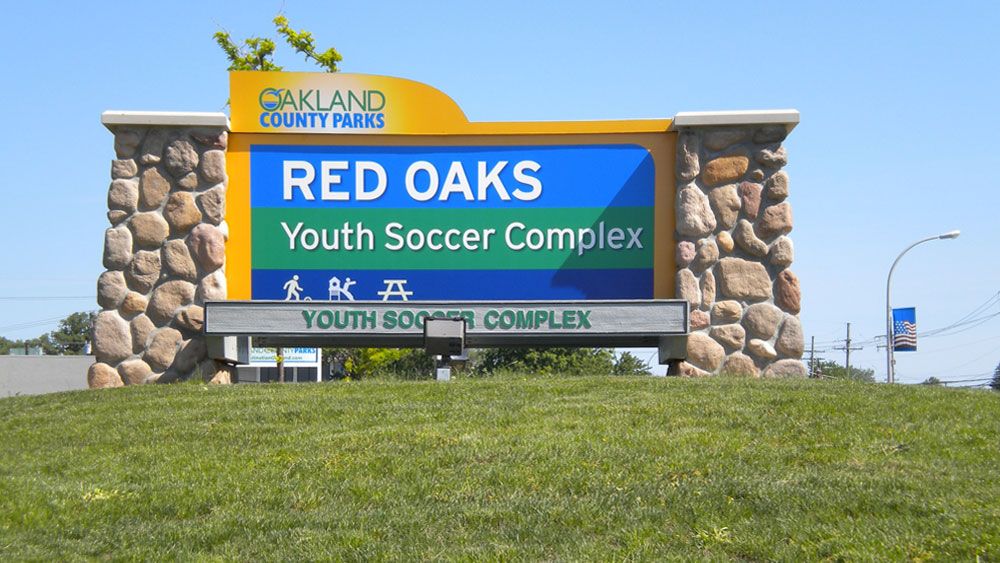 Red Oaks Youth Soccer Complex Rock Stone Pillars Monument exterior Sign