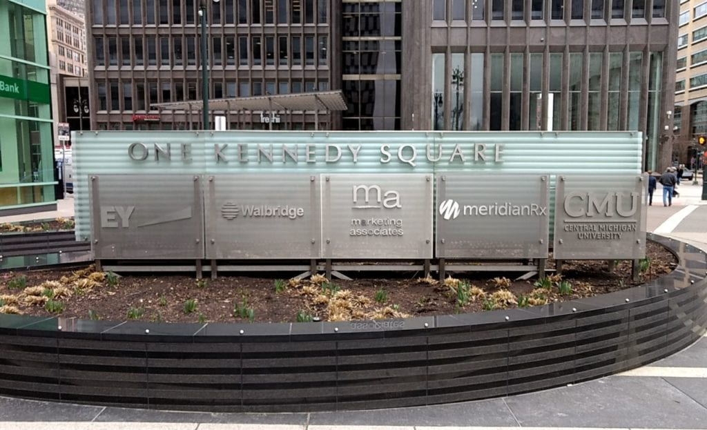 ONE KENNEDY SQUARE MONUMENT SIGN