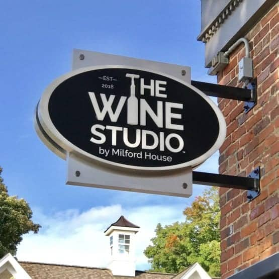 The Wine Studio - Blade Sign2