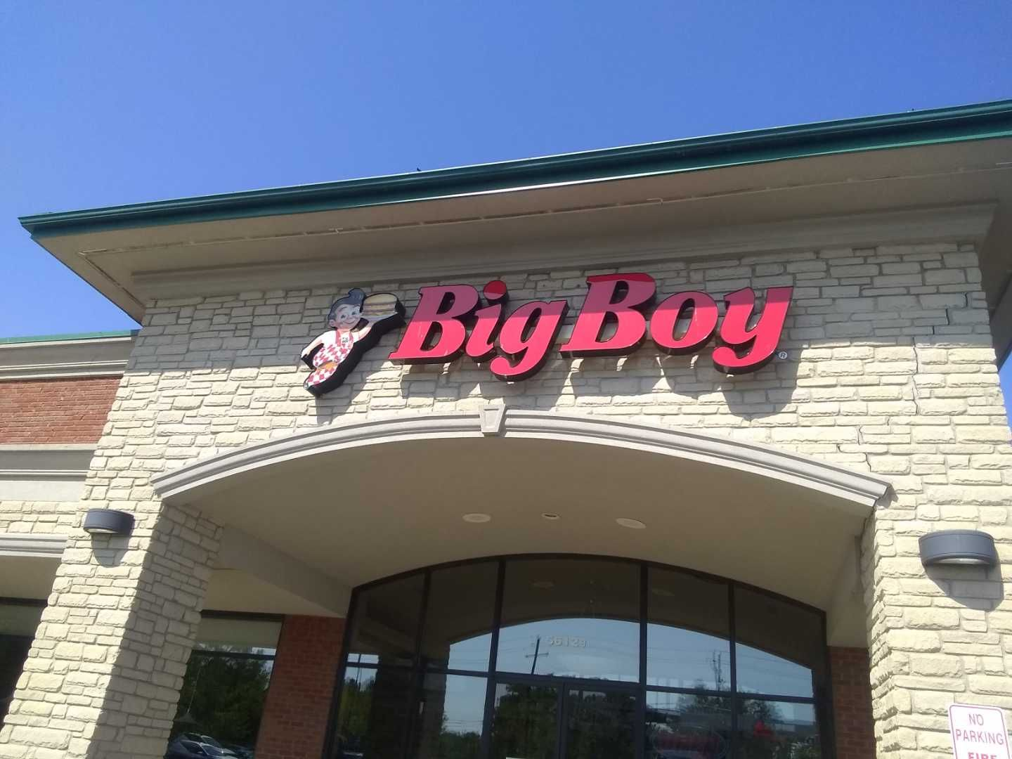 Big Boy channel letters exterior sign on raceway