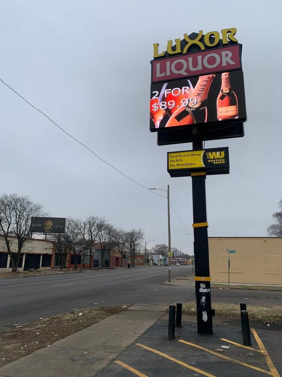 LED Digital Display Pole Sign Convenience retail liquor store