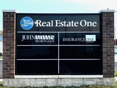 Real Estate One Monument